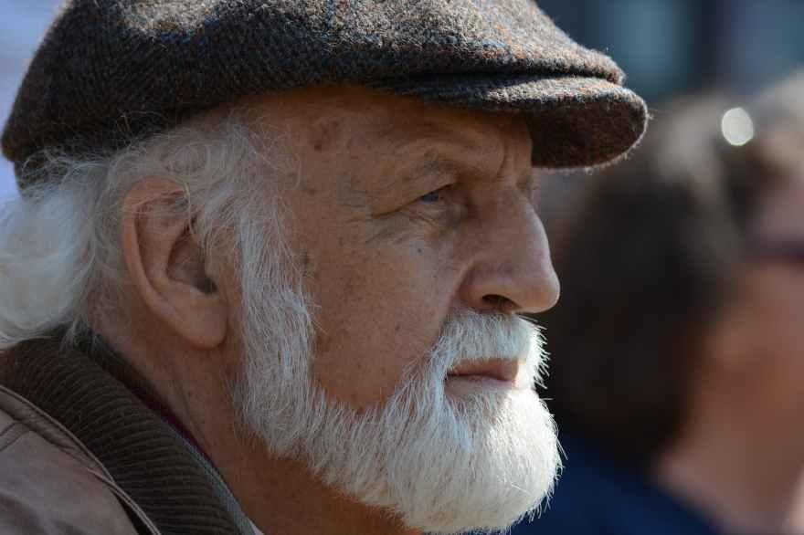 beared/man/dull